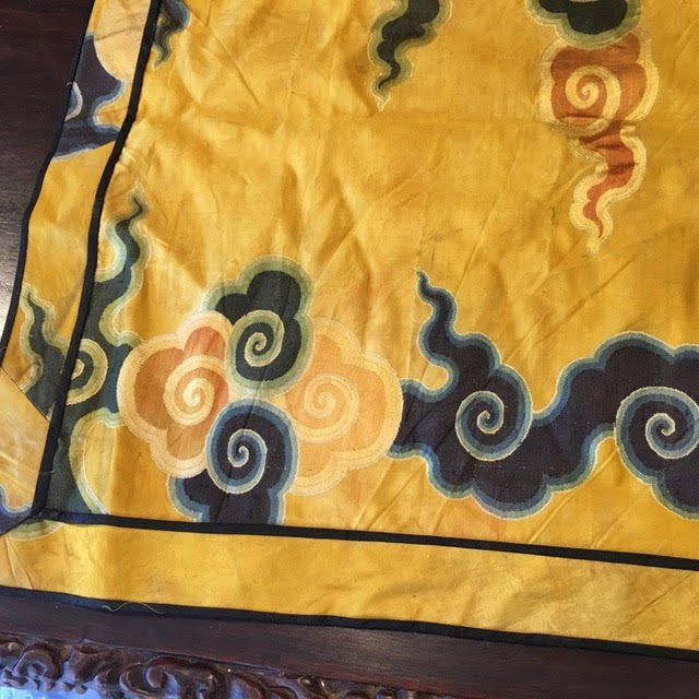 Antique chinese silk panel with lucky cloud pattern - 3