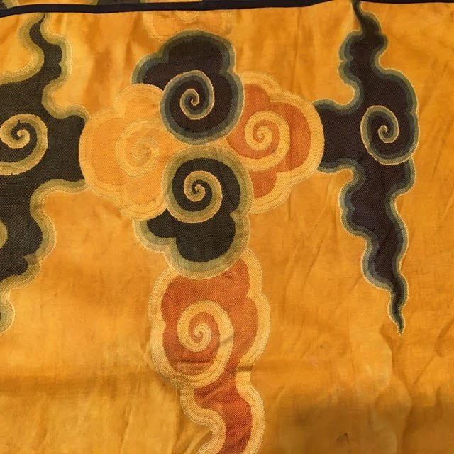 Antique chinese silk panel with lucky cloud pattern - 6
