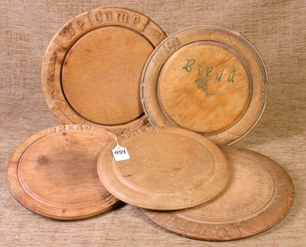 454: 5 Wooden Bread Plates, will be sold 5 times the bi