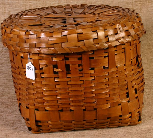 801: Indian Storage Basket, New England with lid, 11`` h