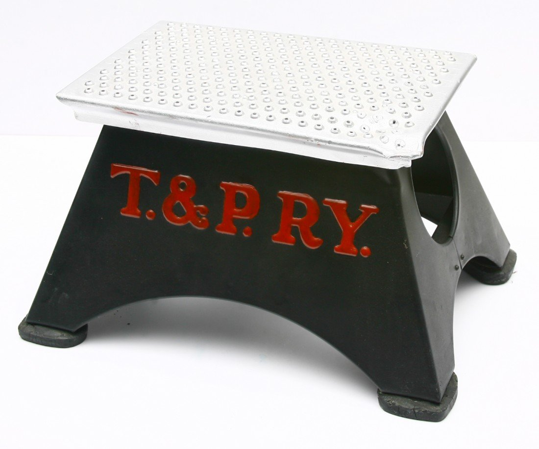 5: TEXAS PACIFIC RAILWAY marked step stool - repainted.