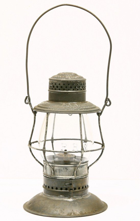 9: PENN. Railroad lantern w/ bell bottom base and embos