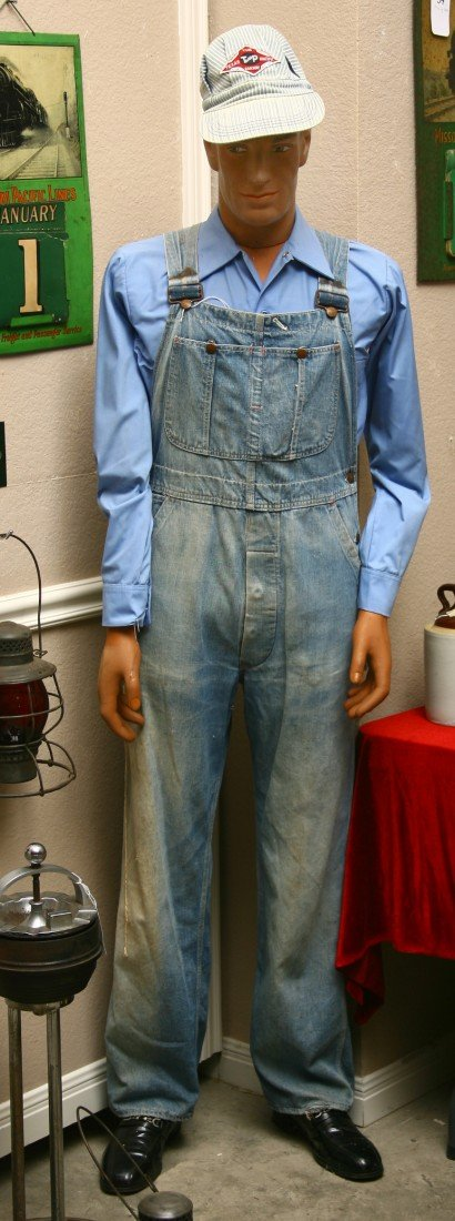 16: Full size mannequin of R.R. worker fully dressed w/