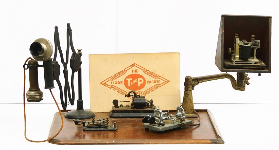 19: Counter top model telegraph system w/extended phone