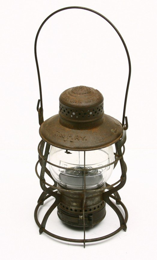 498: T&P RY marked lantern w/ clear embossed T&P RY mar