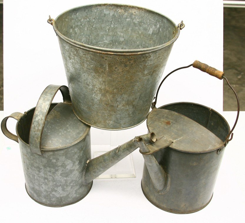 628: 3 Railroad tin containers, 2 w/ spouts: 1 MP LINES