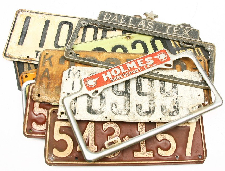 639: Group of 10 vintage license plates: 1936 TEXAS CEN