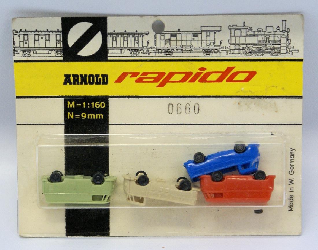 ARNOLD RAPIDO 1:160 N Gauge #0660 4 Mini VW Trucks