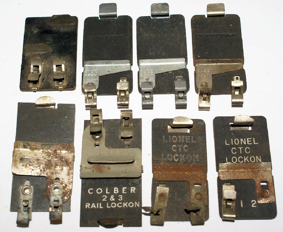 Lot of Lionel CTC Lock-on Power Toy Train Track Clips,