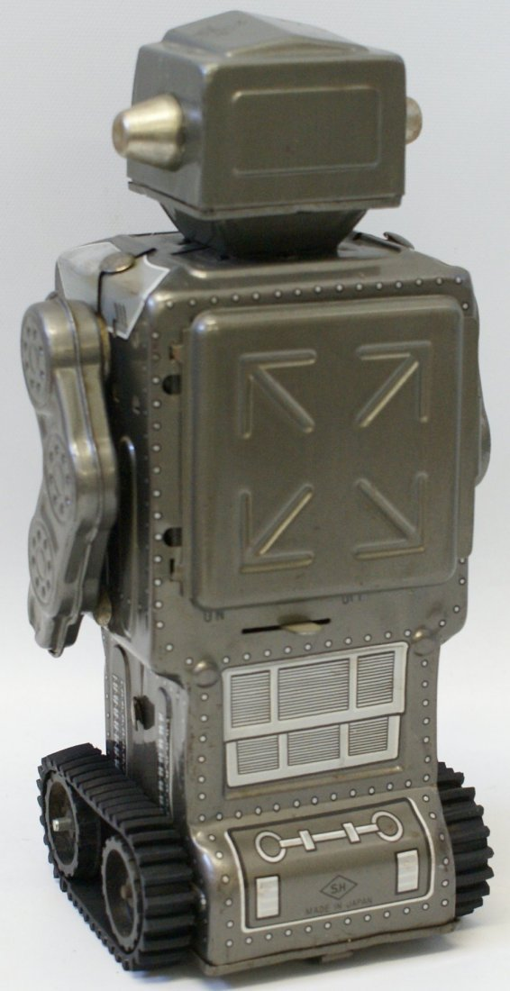 Battery Operated MARS KING ROBOT with rubber tracks, SH - 3