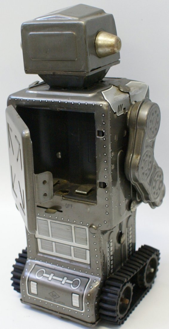 Battery Operated MARS KING ROBOT with rubber tracks, SH - 4