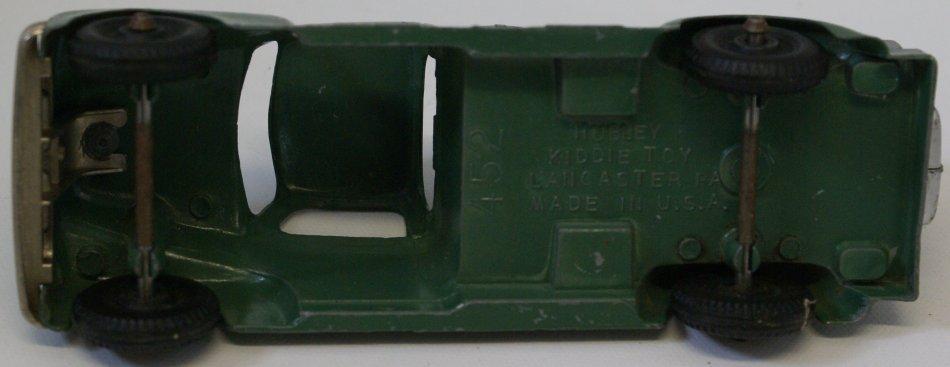 Original 1950s #452 Hubley Kiddie Toy Air Compressor - 3