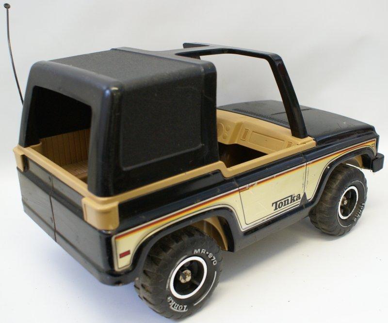"1970s Mighty Tonka Jeep Bronco w/ MR-970 Tires, 17"", - 2"