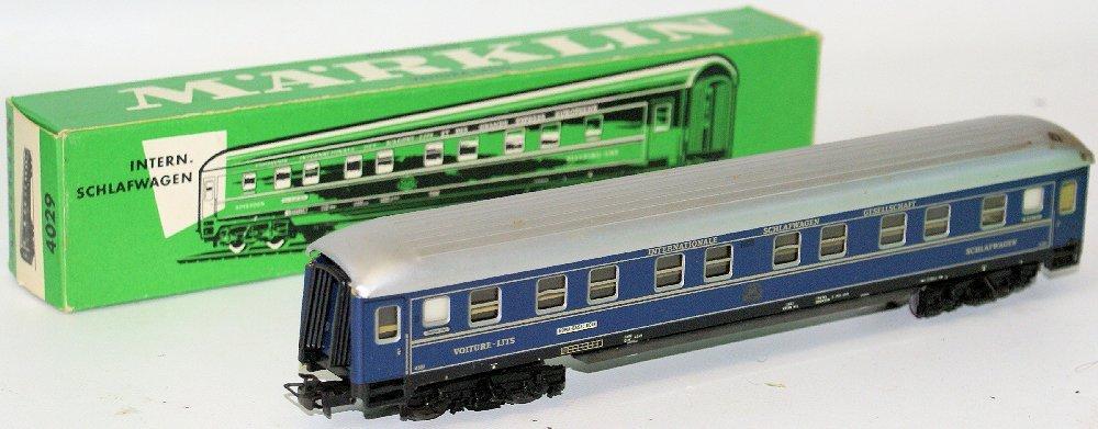 Vintage HO Scale #4029 MARKLIN Märklin Passenger