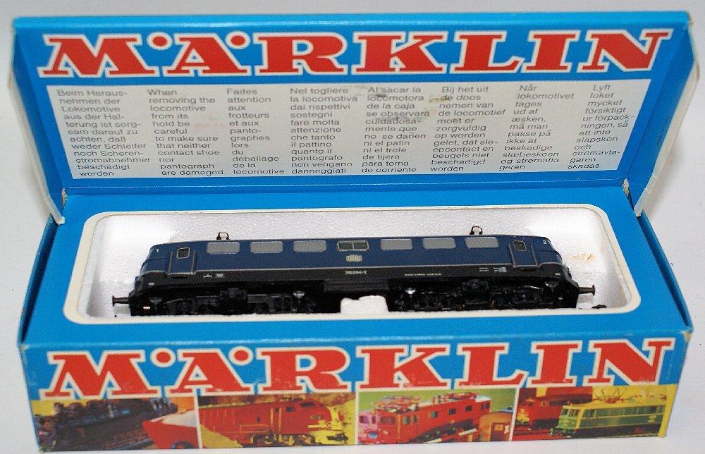 Vintage HO #3039 MARKLIN Märklin Blue 110 234-2 DB