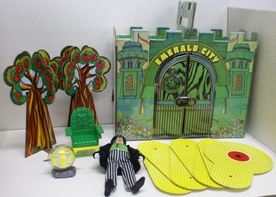 Vintage 1974 Wizard of Oz Emerald City Playset w/ Box & - 2