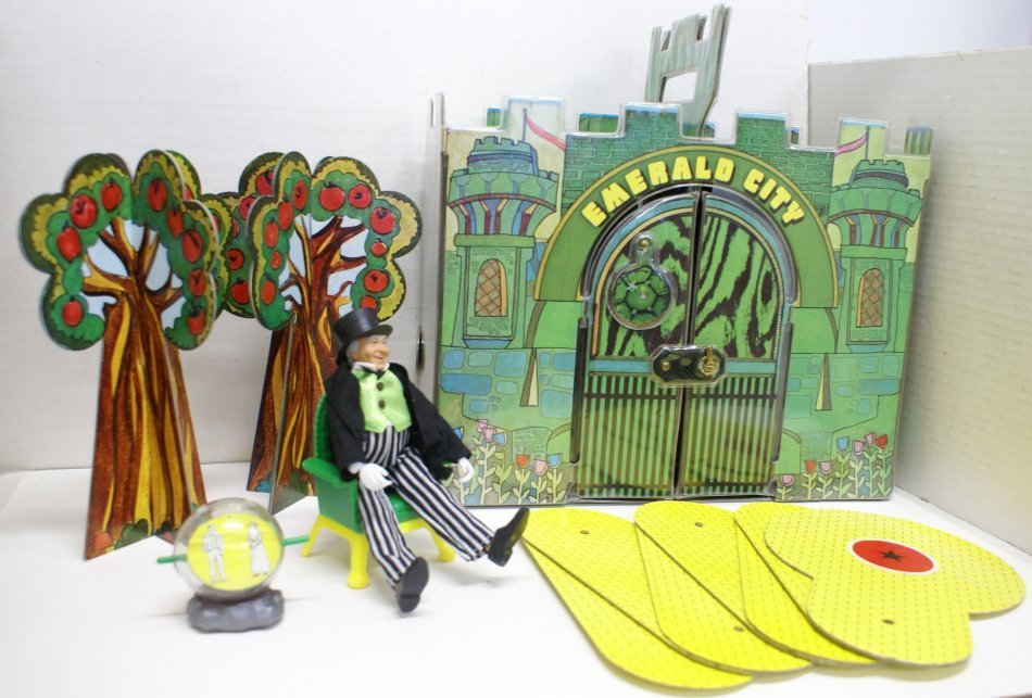 Vintage 1974 Wizard of Oz Emerald City Playset w/ Box & - 3