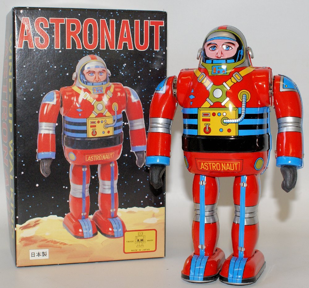 ABSOLUTELY MINT Wind-up WALKING ASTRONAUT Space Robot,