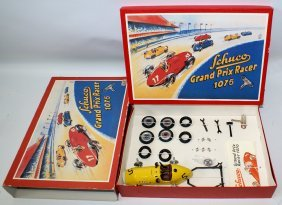 Schuco #1075 Grand Prix Racer Reproduction Set In The