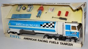 Ertl #3661 American Racing Fuels Truck & Tanker, Still