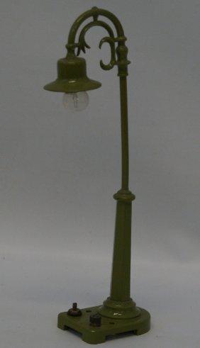 "Prewar Lionel O Gauge #58 Gooseneck 7-1/2"" Street Light"