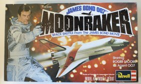 1979 Revell James Bond 007 Moonraker Space Shuttle