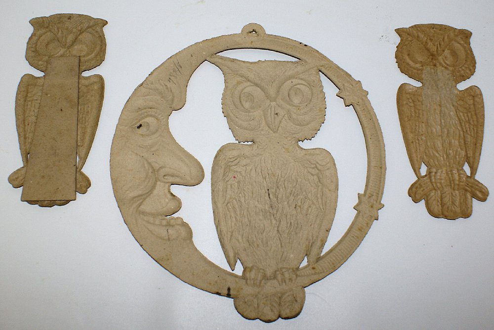 Set of 1920's Heavily Embossed Diecut HALLOWEEN Owls & - 4