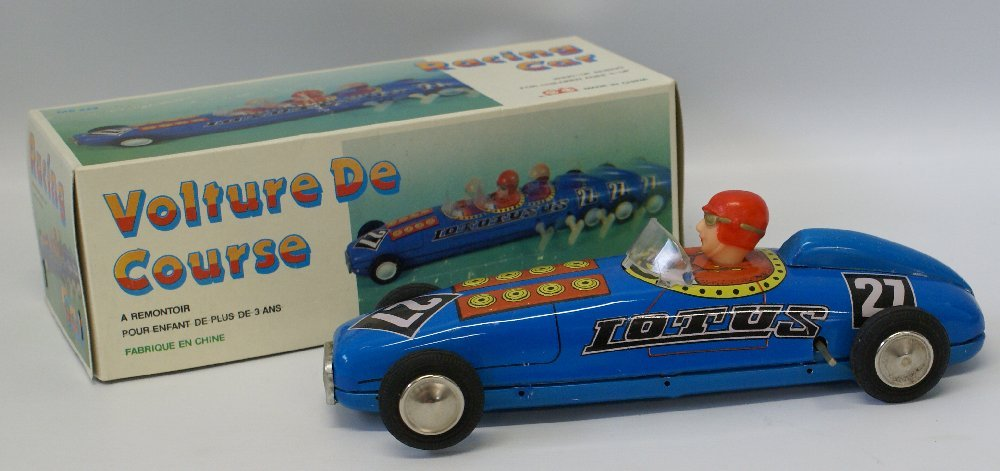 Tin Windup LOTUS #27 Blue Racer Race Car & Driver in