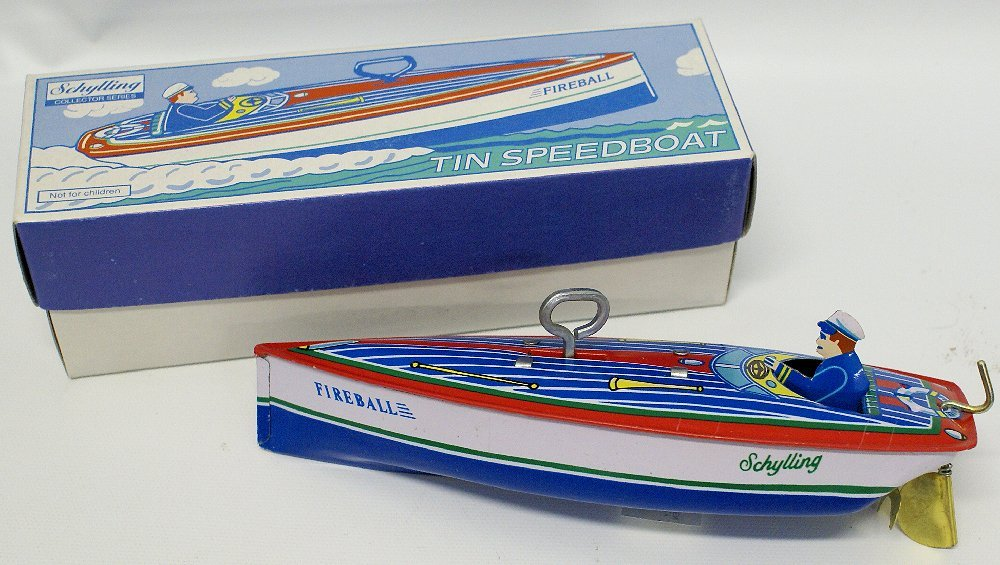 Tin Windup SCHYLLING 'ZEPHYR' Boat with Driver, in Box
