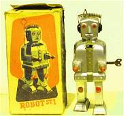 MECHANICAL WIND UP ROBOT. NO. ST1 SUPER RARE IN BOX