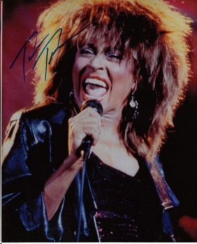 TINA TURNER AUTHENTIC SIGNED 8 X 10 PHOTOGRAPH