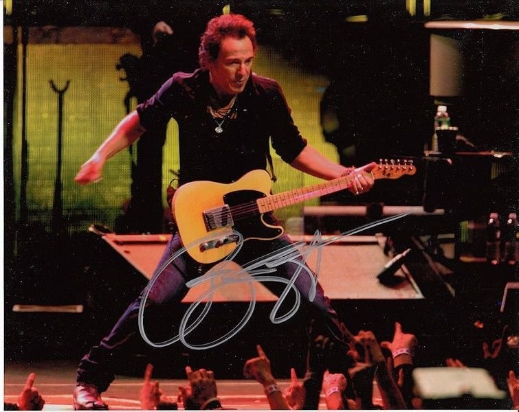 BRUCE SPRINGSTEEN AUTHENTIC SIGNED 8 X 10 PHOTOGRAPH #4