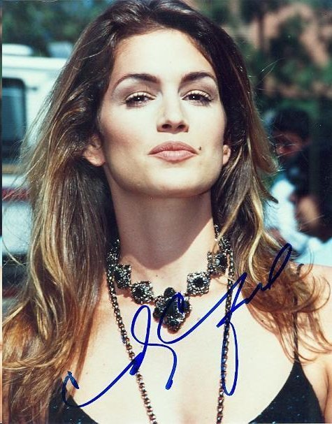 CINDY CRAWFORD SIGNED 8 X 10 PHOTOGRAPH