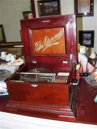 Grande Cylinder Music Box