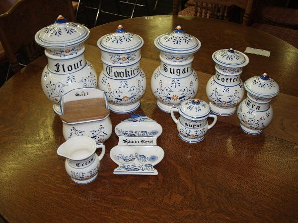 111: Blue Onion Canister Set