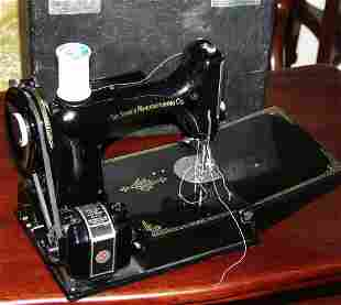 Singer Feather Weight Sewing Machine