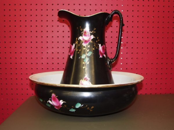 1011: Hand Painted Pitcher & Bowl Set