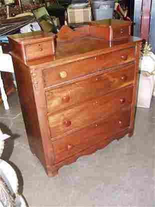 519: Victorian Dresser