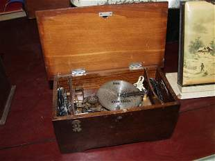 14: Antique Thoren Music Box with 13 Disk