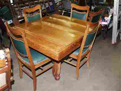 138: Roll Top Table with 4 Chairs