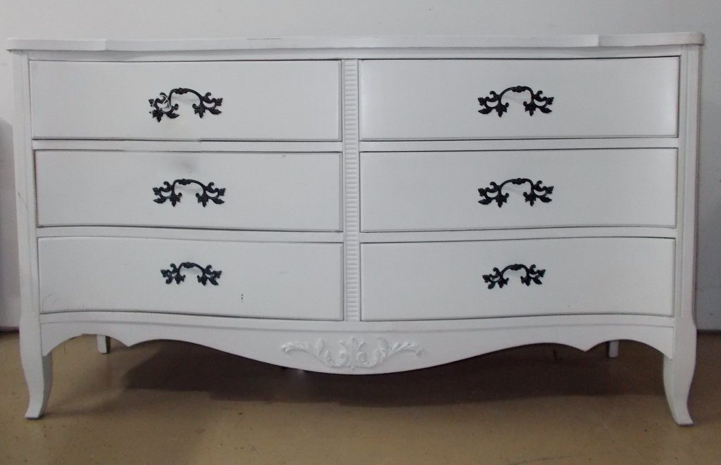 White Dresser #917