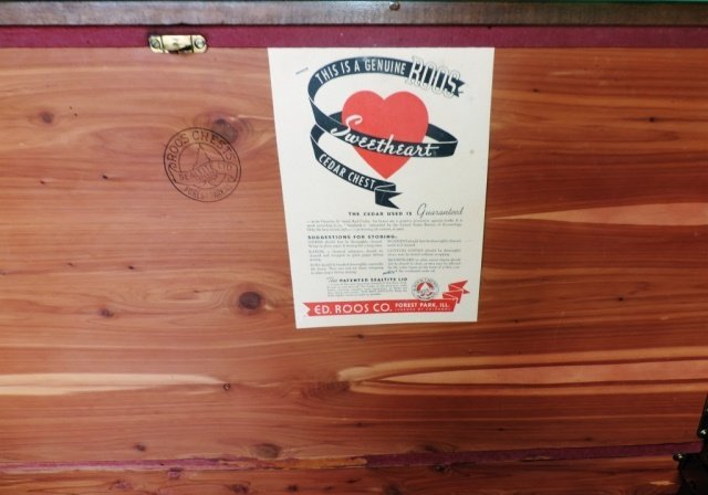 Roos Sweetheart Cedar Chest - 2