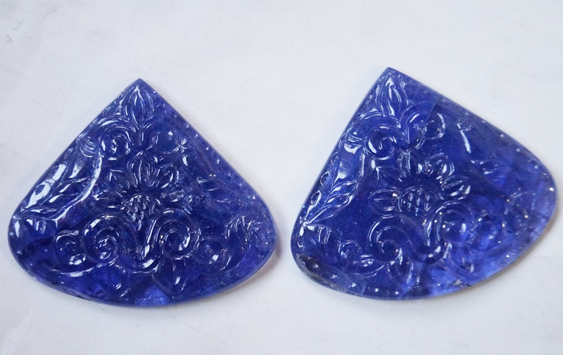142 ctsTanzanite Carved Pair for Making Jewelry