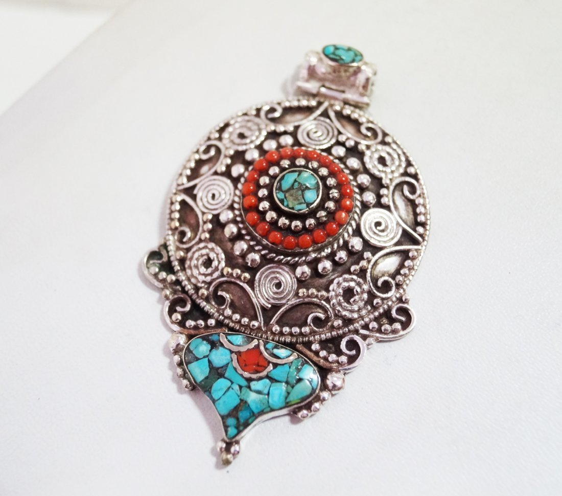Turquoise & Coral vintage Style Necklace Big Penddant