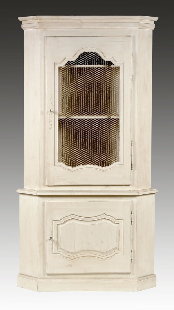 222: French Country Corner Cabinet in 19th c. Style