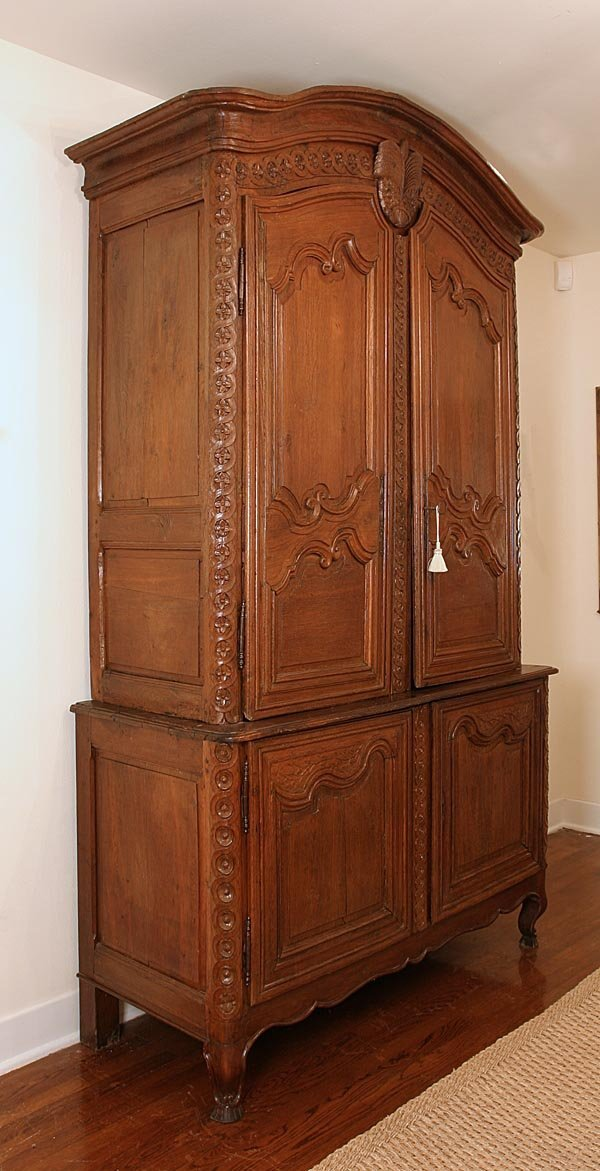 100: Armoire from Normandy, 18th century