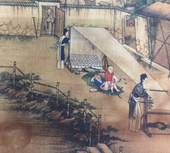 Antique Chinese Silk Painting - 3