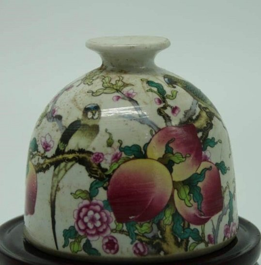 Antique Chinese Famille Rose Waterpot