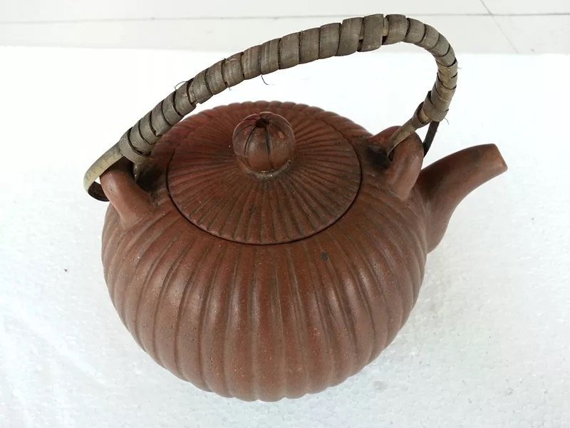 Antique Chinese Yixing Zisha Teapot