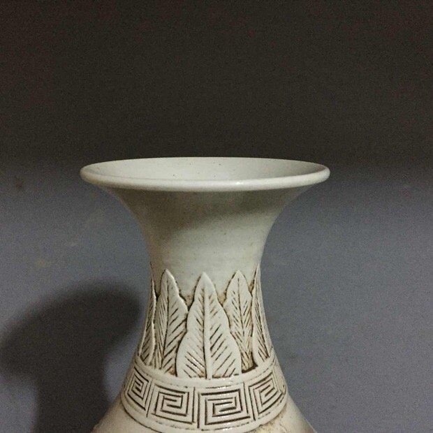 Antique Chinese Carved White Porcelain Yuhuchun Vase - 6